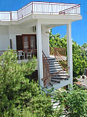 Lägenhetshotellet Voula i Agia Marina, Egina