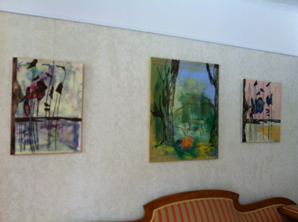 Elisabeth Norén är en av de många konstnärerna som har ställt ut på grekiska restaurangen Farbror Nikos på Södermalm
