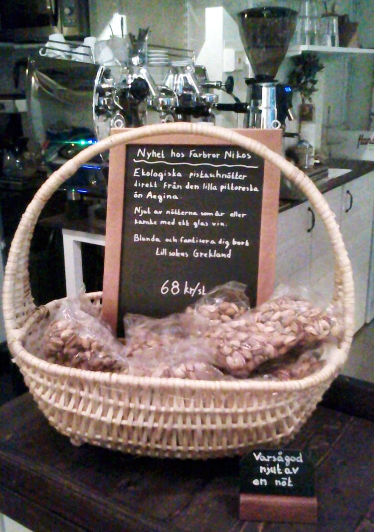 Ekologiska pistagenötter hos Farbror Nikos café & galleri