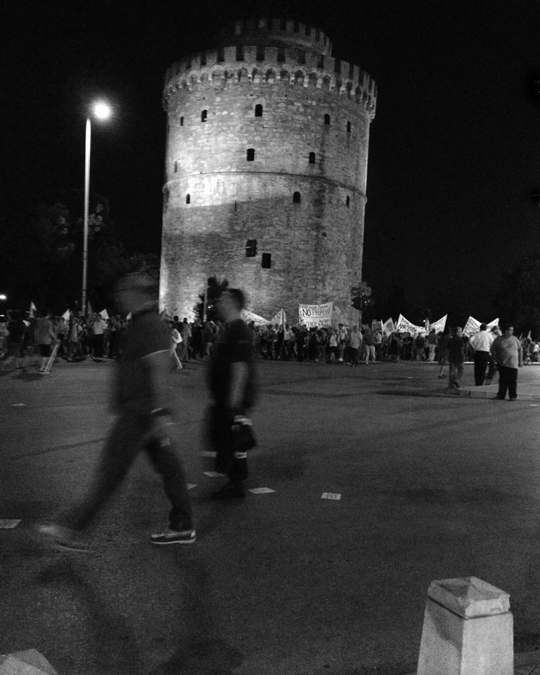 Mikael K Nilsson - fotoutställningen Saloniki i september på Farbror Nikos café & galleri