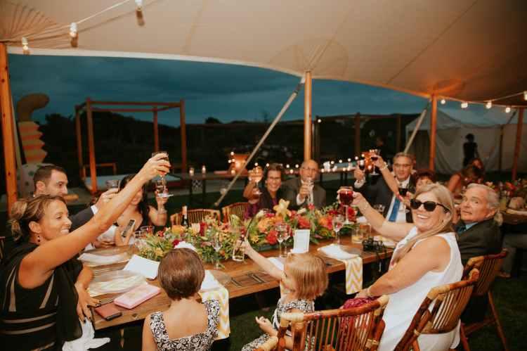 Beställ catering från Farbror Nikos för fest, konferens, worskhop, möte...