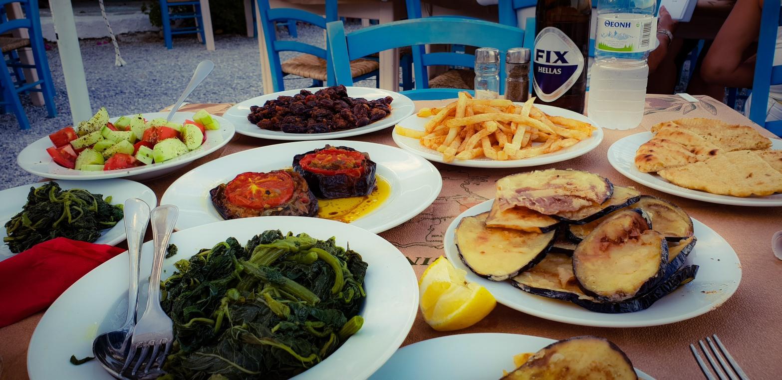 Vegetariska och veganska rätter på ön Aegina